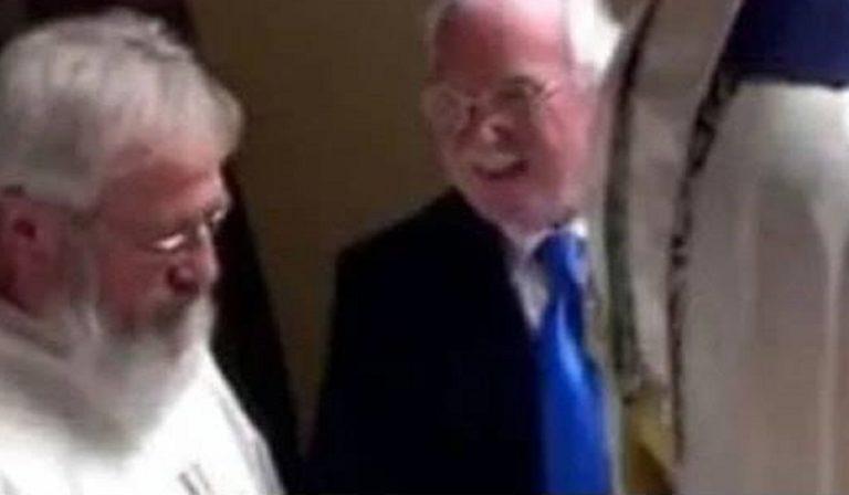 Don Marino Genova è colpevole di violenza sessuale su minore: fa ancora il prete