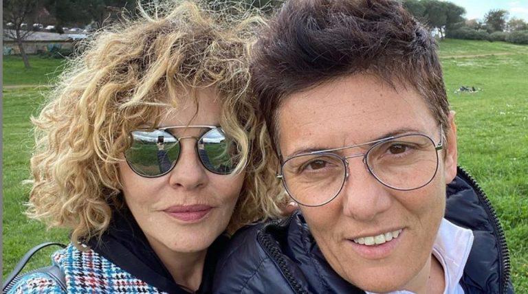 Eva Grimaldi rimprovera Imma Battaglia