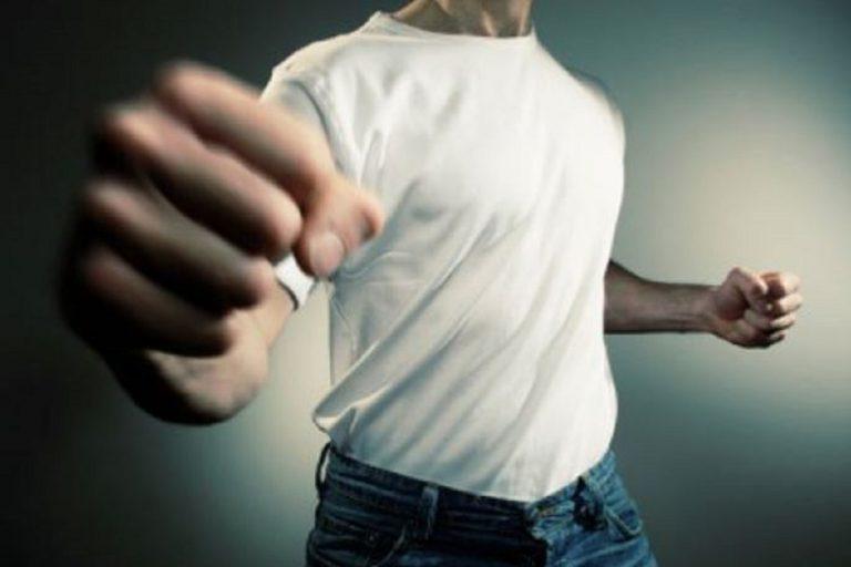 Figlio maggiorenne violento, cosa fare
