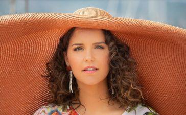 Giulia Luzi Mon Amour