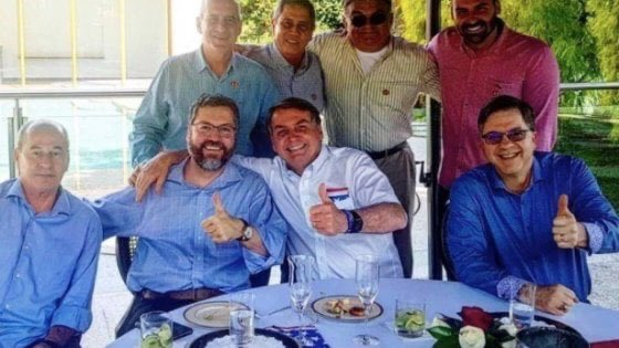 Bolsonaro durante un pranzo