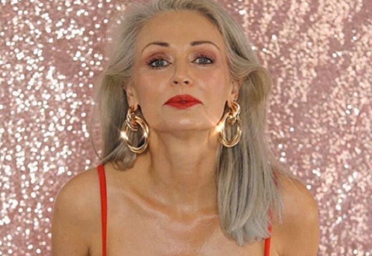 Kathy Jacobs bellissima in bikini