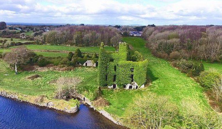 Irlanda, il Menlo Castle: luogo magico e abbandonato