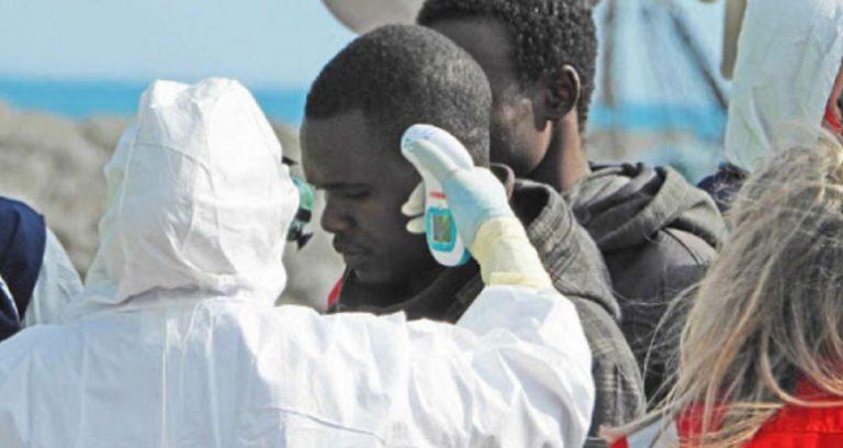 migranti Calabria trasferimento Roma