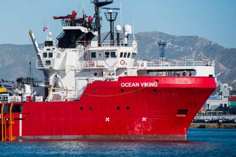 ocean viking migranti tensione