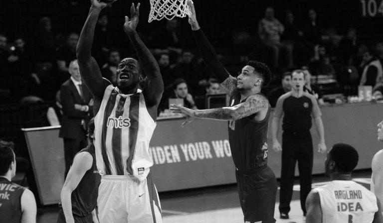 Basket morto Michael Ojo