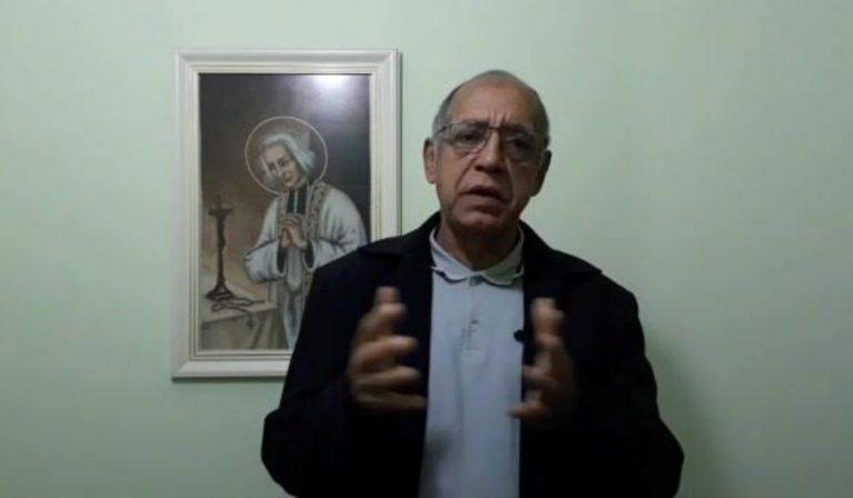 Brasile sacerdote proposta vaccino