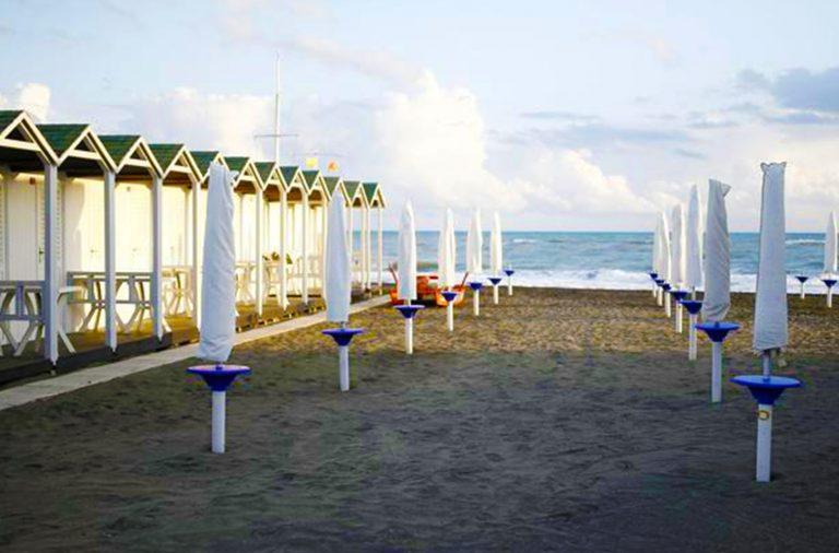 spiagge chiuse sicilia ferragosto