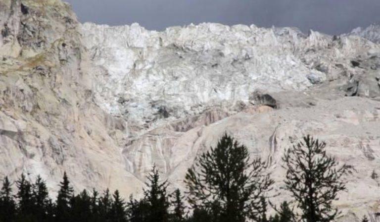 Courmayeur, pericolo crollo per il grande ghiacciaio di Planpincieux