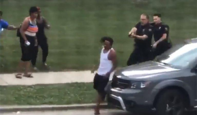 wisconsin polizia spara afroamericano