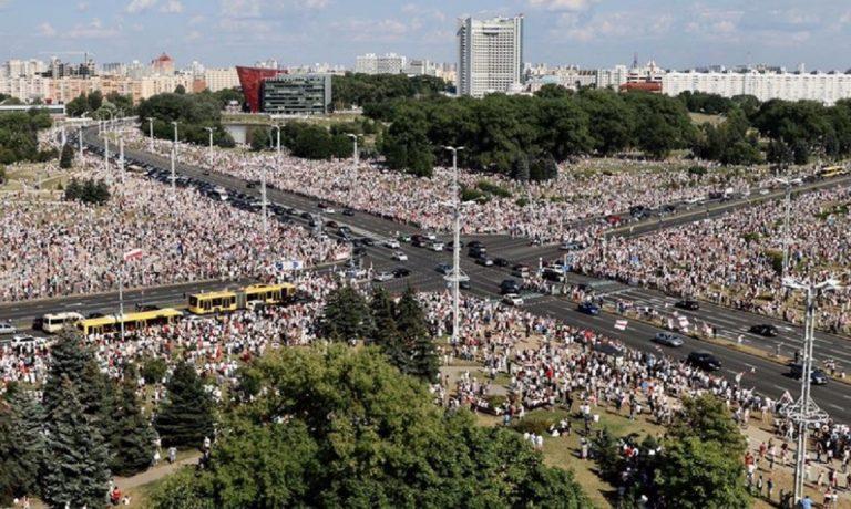 Manifestazione contro governo Bielorussia