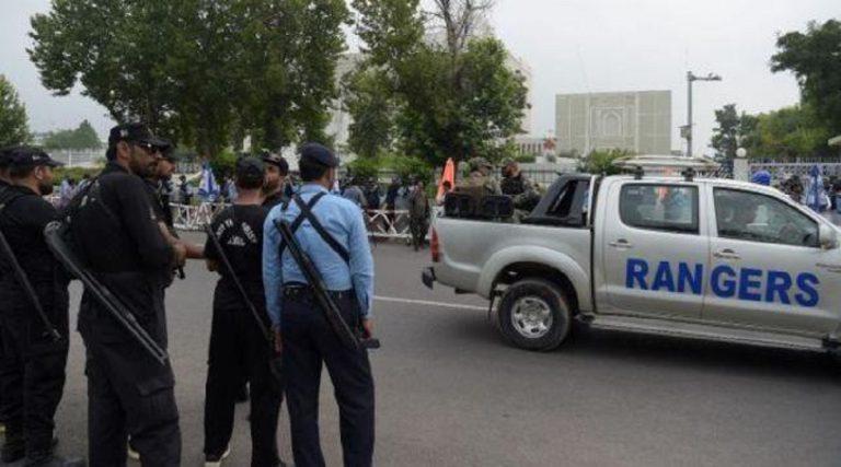 pakistan bimba violentata e uccisa