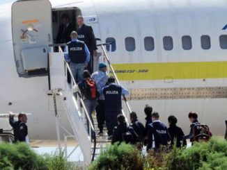 Riprende il rimpatrio di migranti tunisini interrotto causa Covid