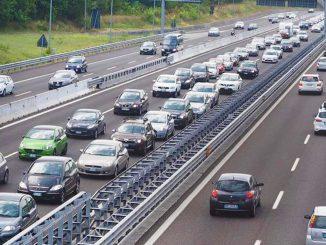 Esodo di massa: sarà un weekend da bollino nero sulle autostrade