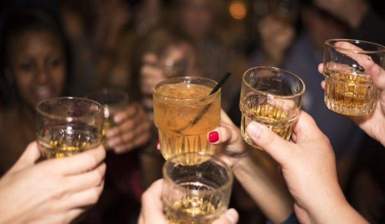 34 giovani multati a Treviso durante aperitivo senza mascherina