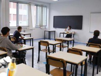 Lombardia, positivi insegnanti e personale ATA