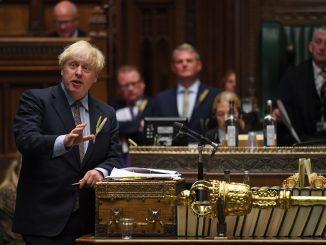 Boris Johnson durante il suo intervento al voto di ieri alla camera dei Comuni