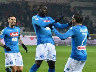 Tre giocatori del Napoli ottengono la patente nautica senza esame: i nomi