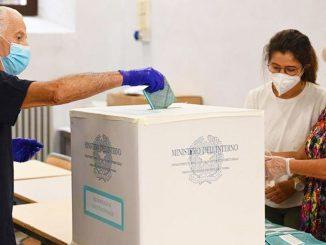 Referendum taglio dei parlamentari, l'affluenza definitiva: 53,84%