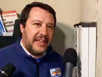 Citofonata di Salvini a Bologna, arrestati per spaccio i genitori del ragazzo
