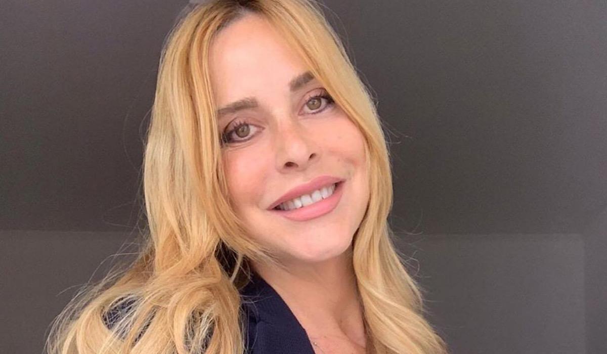 Gf Vip, Stefania Orlando saluta i fan prima di entrare in casa