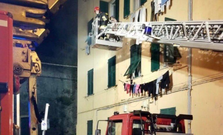 Incendio palazzo Cornigliano
