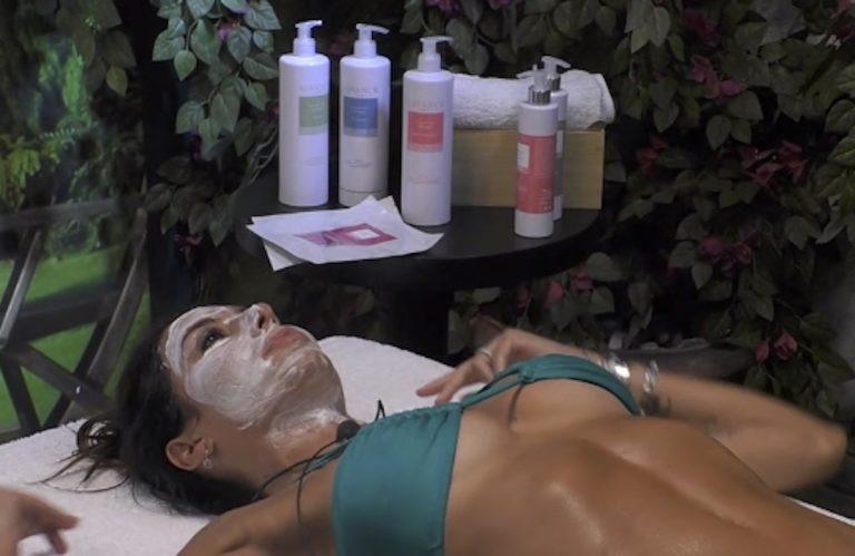 Andrea Zelletta massaggio Gregoraci