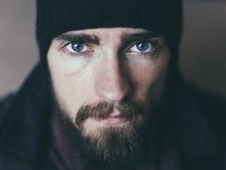 Cura della barba a casa: come fare con rimedi naturali