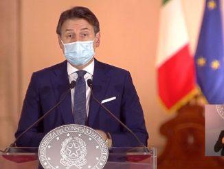 Conte presenta il DPCM