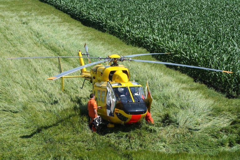 elicottero elisoccorso in azione