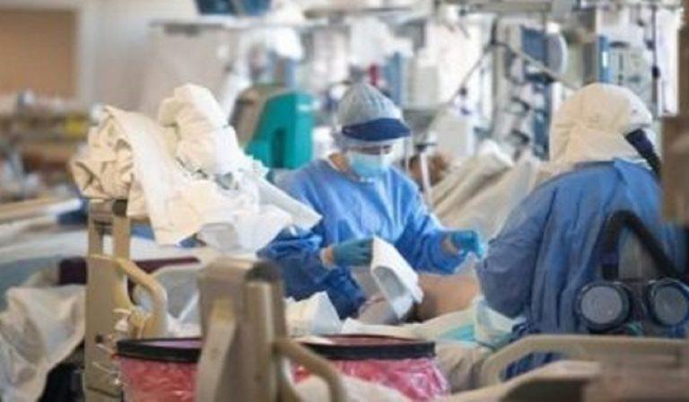 Coronavirus, a Palermo infermiera positiva al lavoro