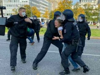 proteste a Berlino contro le norme anti-Covid