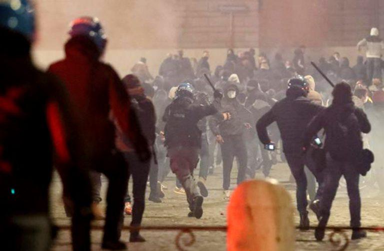 proteste coprifuoco roma 768x501