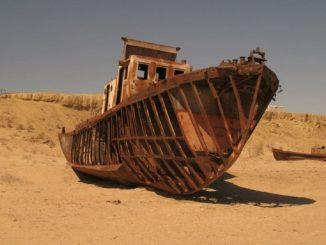 Uzbekistan, l'incredibile deserto di navi abbandonate sul Lago d'Aral