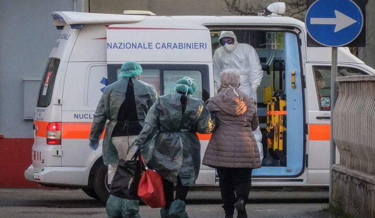 Coronavirus, in fuga dagli ospedali della Campania