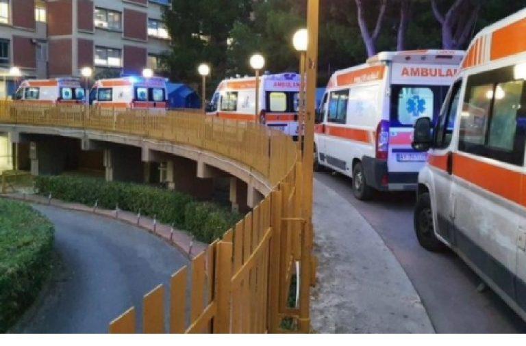 Ambulanze in fila Partinico