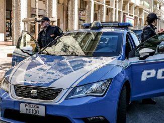 Bologna uccide padre martellate