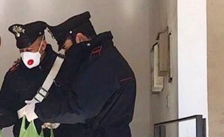 carabinieri spesa famiglia in quarantena
