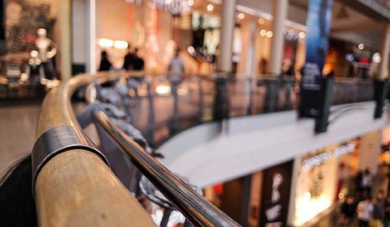 Bergamo, assalto ai supermarket: code infinite