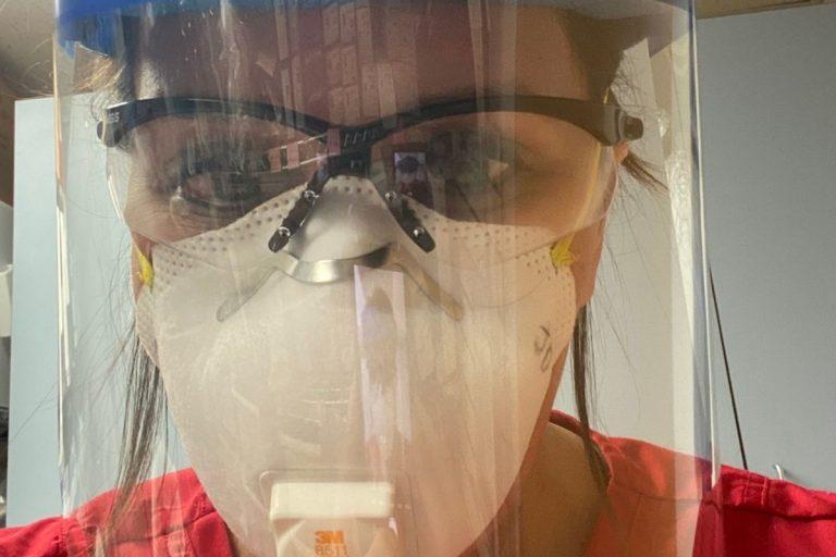 covid infermiera negazionisti