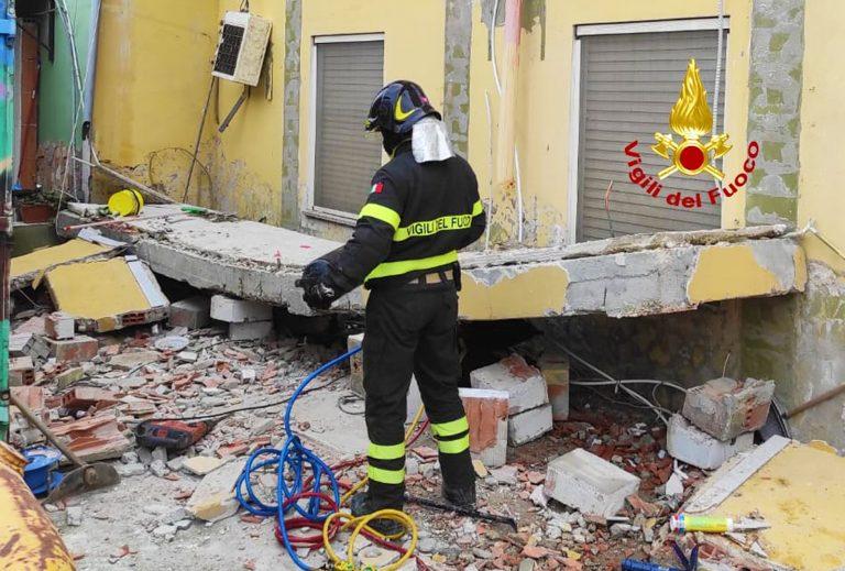 crollo balcone cagliari 768x519