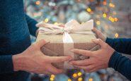 Idee regalo di Natale per lei: come scegliere con gusto