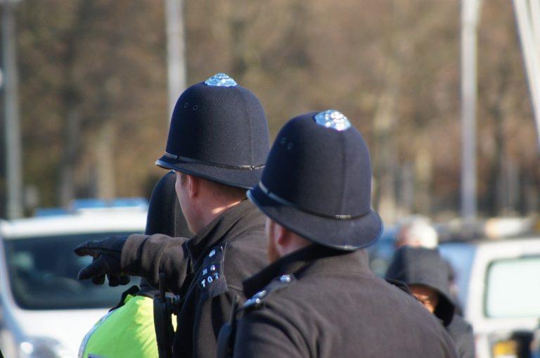 Polizia blocca battesimo Londra