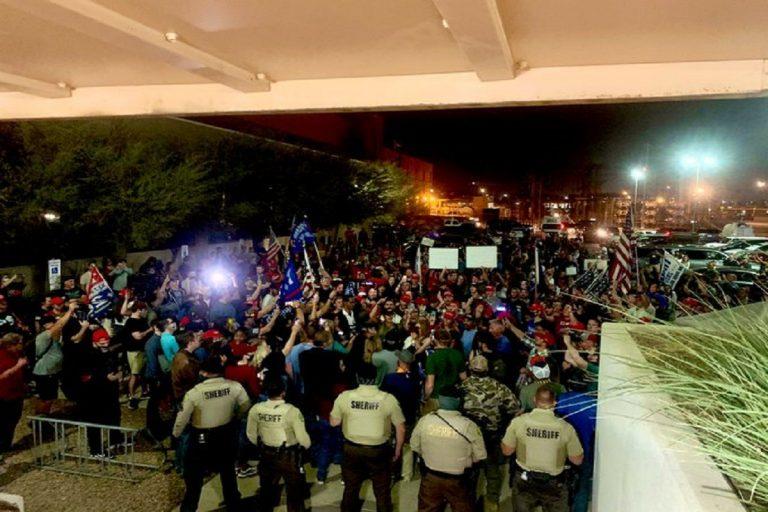 proteste in america dopo il voto