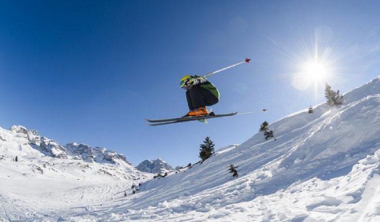 Sciare in Svizzera: italiani benvenuti, pochi controlli