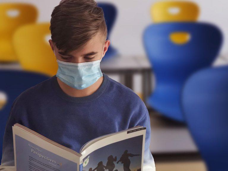 scuola lezioni figli medici infermieri
