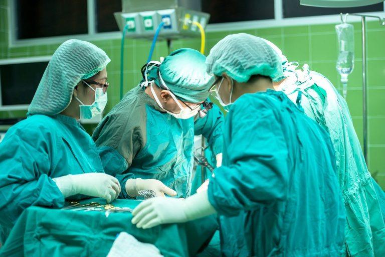 stop interventi chirurgici