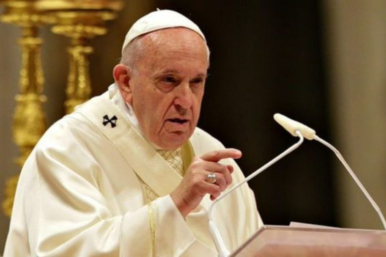 Vaticano Papa unioni civili