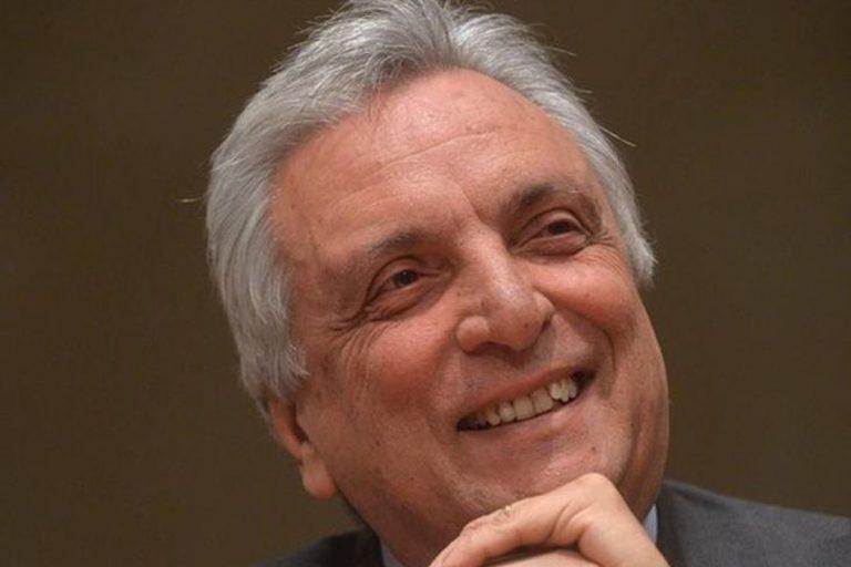 Arturo Diaconale