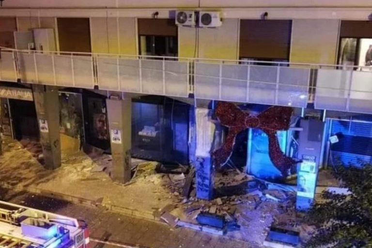 Bomba contro negozi Casoria